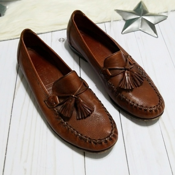 09060d7af33 Cole Haan Shoes - Cole Haan Country brown loafers tassel moccasins